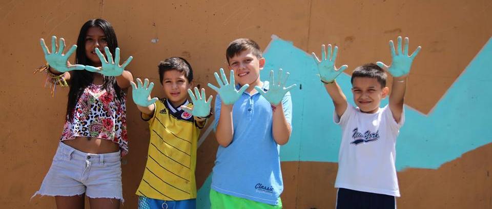 Pintando paredes y corazones en barrios vulnerables de Bucaramanga