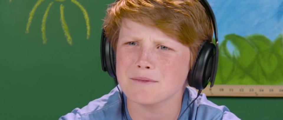 Los niños escuchan por primera vez: Nirvana