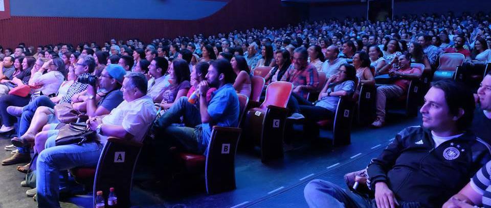 El Teatro Corfescu de Bucaramanga baja el telón