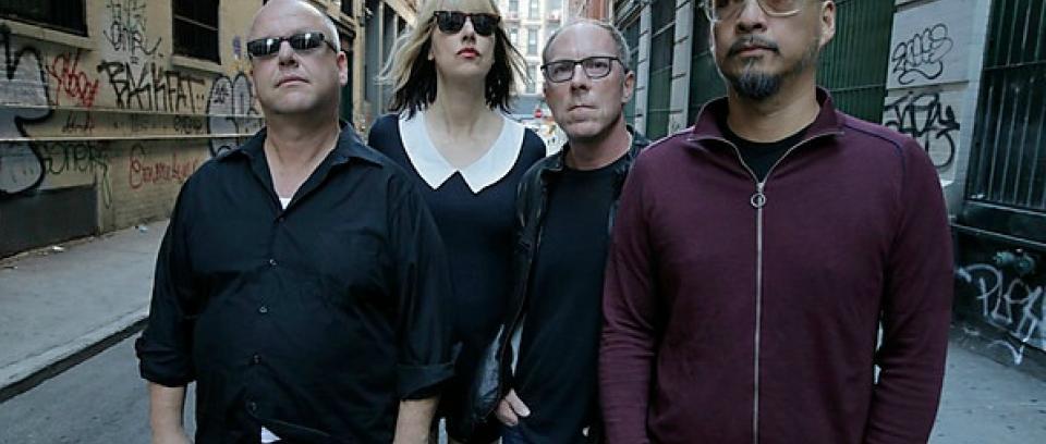 Pixies confirma el lanzamiento de un nuevo disco