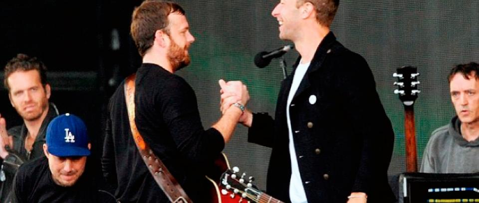 Chris Martin y Kings of Leon juntos