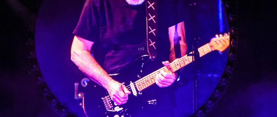 David Gilmour tocó un fragmento de 'Purple Rain' de Prince en 'Comfortably Numb'