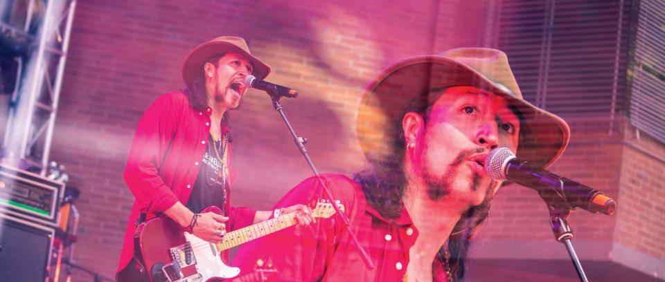 Carlos Elliot Jr. le canta al amor en su nueva canción