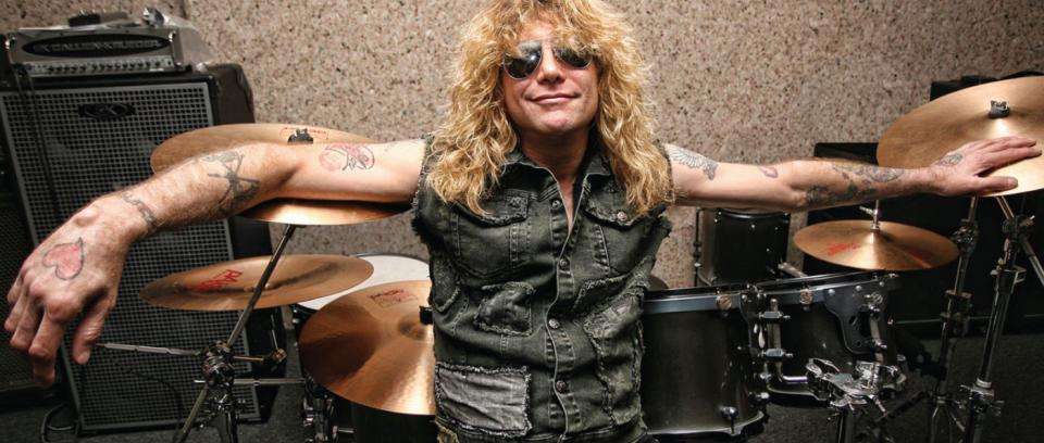 Después de 26 años, Guns N' Roses vuelve a tocar con Steven Adler