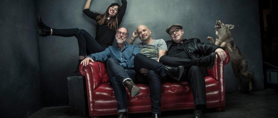 Pixies estrena canción